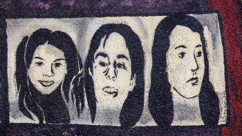 A través de murales, la ciudad recuerda el primer Triple Crimen