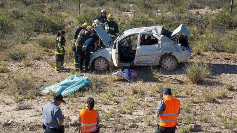 Un vecino de Fernández Oro murió tras volcar con su auto en la Ruta 23
