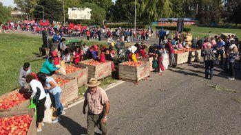 organizaciones se manifestaron con  el corte en los puentes carreteros