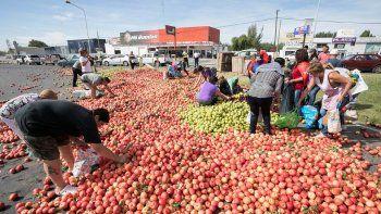 plaza de mayo: productores del alto valle se preparan para el frutazo
