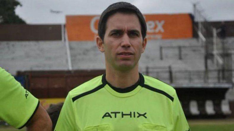 Volvieron a detener al árbitro Martín Bustos por contactar a jugadores menores de Newells