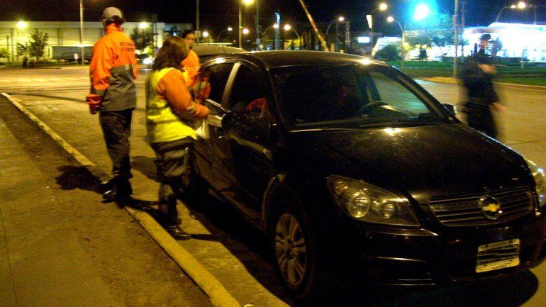 Los controles de tránsito sumarán tests de drogas