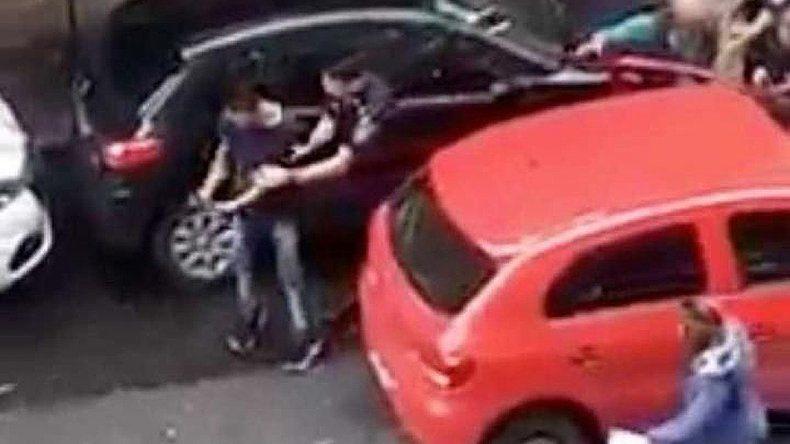 La Policía confundió al ladrón con un efectivo de civil y se les escapó