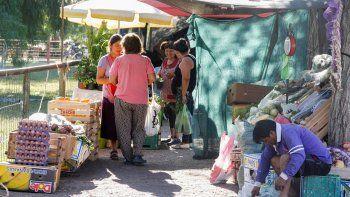 En la comuna resaltan el trabajo que se ha desplegado para regular y controlar las ferias cipoleñas, entre ellas, la de la plaza del barrio Don Bosco.