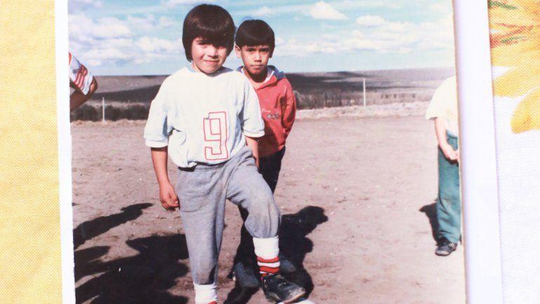 Acuña fue Albinegro por unos días a los 8 años