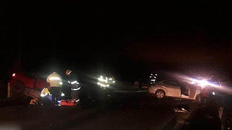Dos muertos y cinco heridos en un choque en Ruta 22