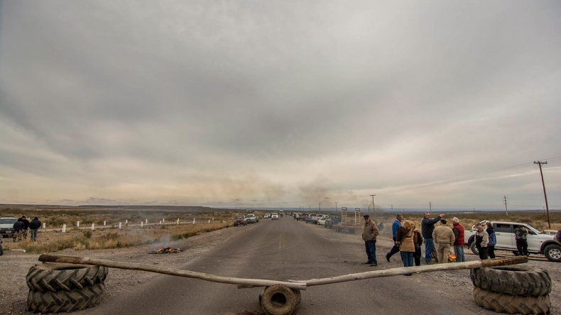 Los trabajadores rurales volverán a hacer un piquete en la Ruta 22.