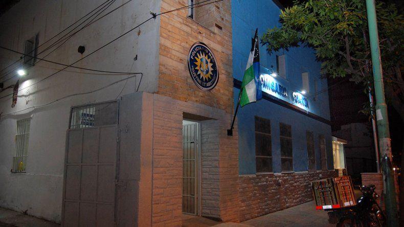 Otra vez la noche cipoleña fue un desastre: borrachos, peleas callejeras y una adolescente en coma alcohólico