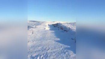 Mirá cómo el Tren Patagónico atraviesa la nieve