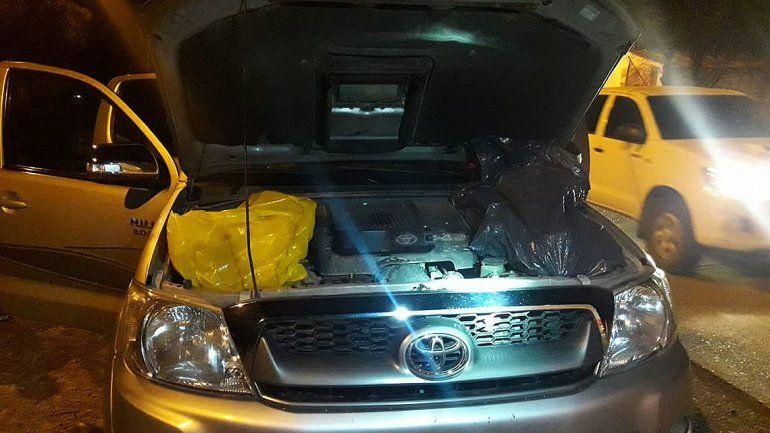 Decomisaron 1300 kilos de carne ilegal: la escondían hasta en el motor de la camioneta