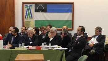 condenaron a 7 ex ministros por malversacion en la era saiz