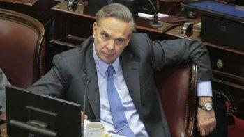 A Pichetto lo acusan de ser desleal con Cristina Fernández.