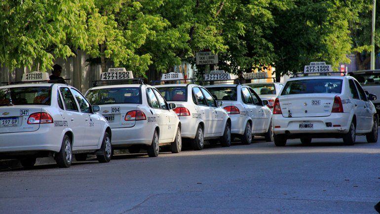 Se viene un aumento del 20% de la tarifa de taxis