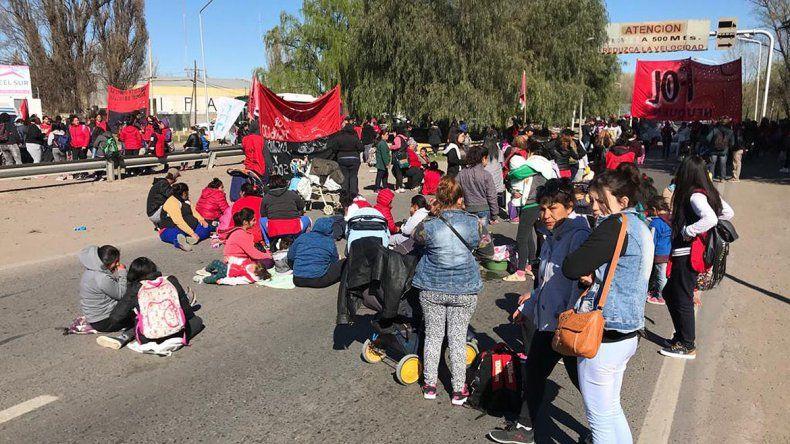Organizaciones sociales levantaron el corte en los puentes carreteros