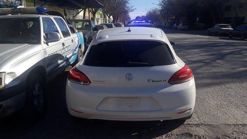 Atraparon a un gitano con un auto de alta gama mellizo que había sido robado en Mendoza