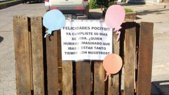 insolito: le festejaron el cumpleanos a un pozo en roca