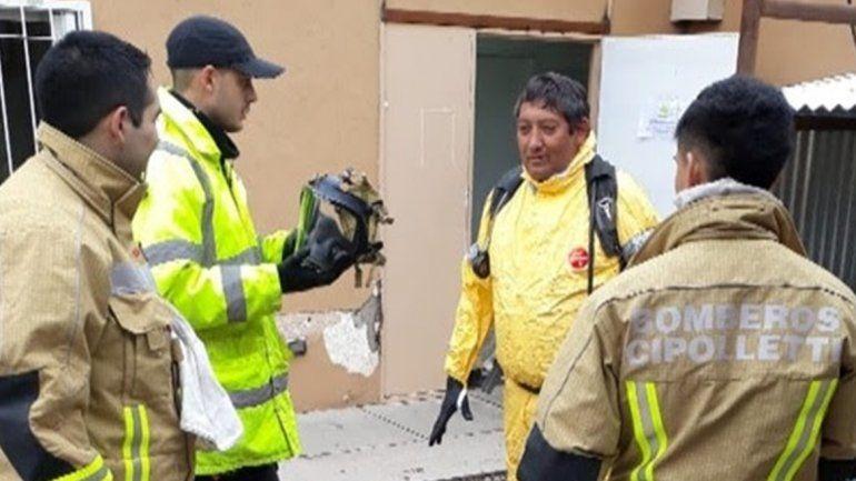 Susto en la UNCo: Protección Civil contuvo un derrame de formol