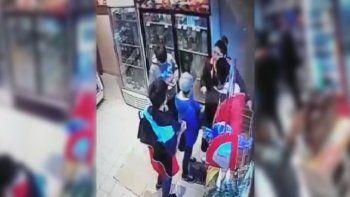 intentaron robar un almacen pero los descubrieron