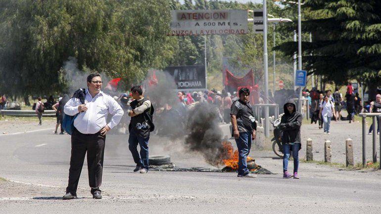 Organizaciones sociales levantaron el corte del puente carretero