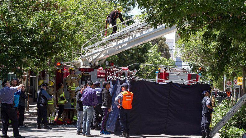 Un operario murió electrocutado en Cipolletti