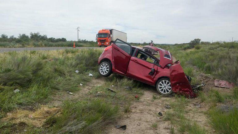 Una médica neuquina murió en un violento accidente sobre la Ruta 22 en Chimpay
