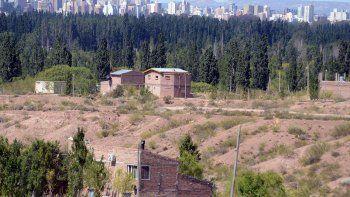 Los vecinos de Las Perlas exigen mejores servicios