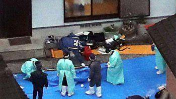 japones se volvio loco y masacro a toda su familia