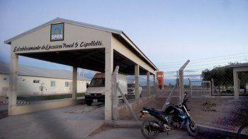asesinaron a un preso con cuchillo ingresado en horario de visita