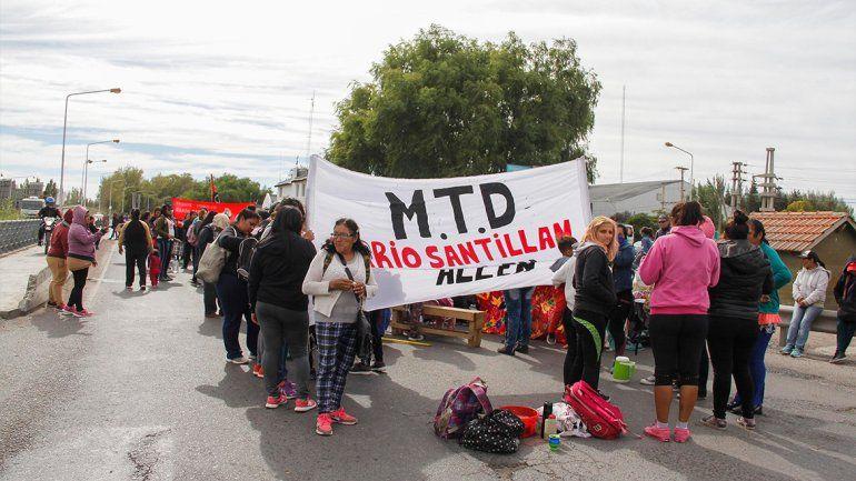 Organizaciones levantaron el corte en el puente