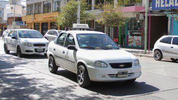 endurecen las prohibiciones a velorios y taxis