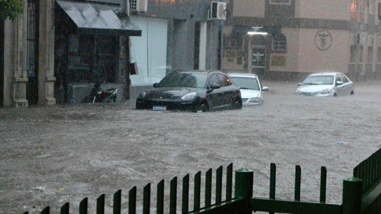 Graves inundaciones afectan a Chaco y Corrientes
