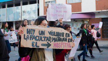 estudiantes de medicina marcharon por caso de abuso