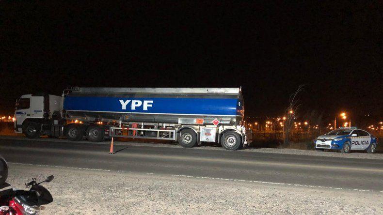Denuncian brutal agresión policial contra un camionero en el tercer puente