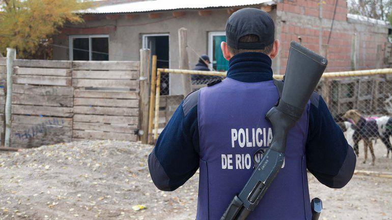 Bariloche: investigan cómo una policía baleó a su compañero