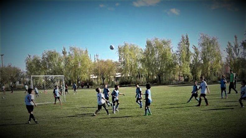 Prohíben la entrada de padres a los partidos de la liga infantil