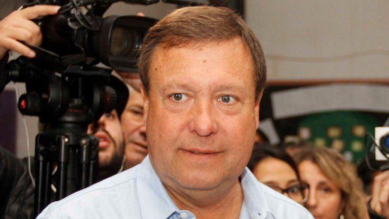 Weretilneck toma distancia de la campaña presidencial