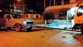 dos jovenes murieron en un violento choque en cipolletti