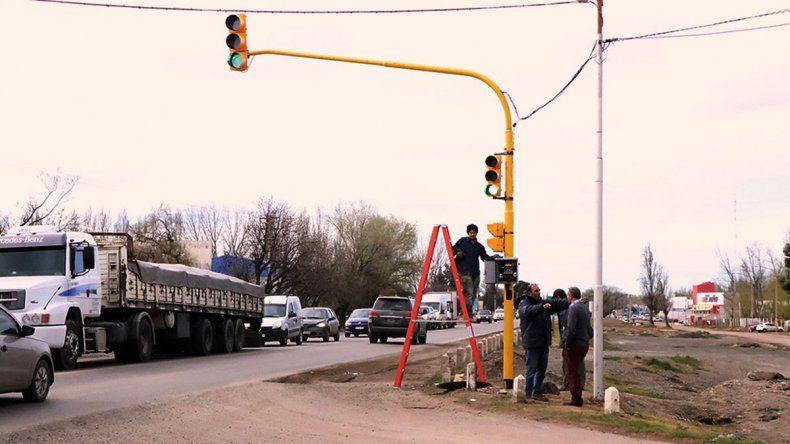 Desde mañana queda habilitado el semáforo en la Ruta 22 en Cipo