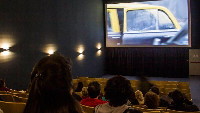 Los cipoleños, maravillados con el cine