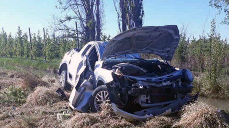 Volcó la camioneta de su padrastro en la Ruta 65 y murió