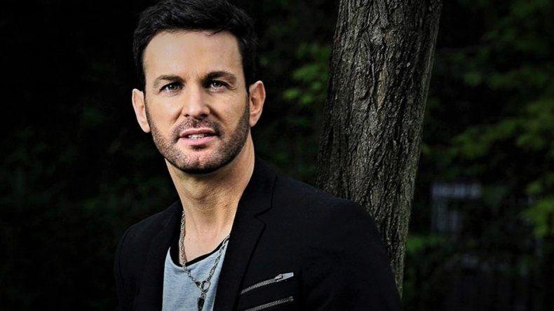 Denuncia por abuso sexual: el cantante Axel deberá responder por una pericia antes del lunes