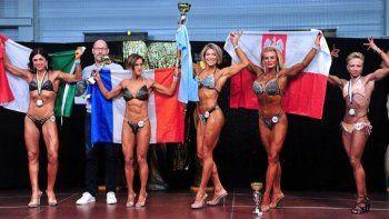una policia rionegrina, campeona mundial de fitness en francia