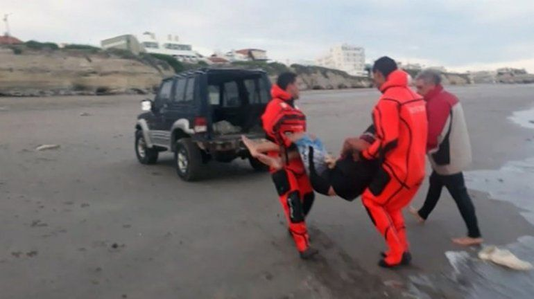 Salieron a navegar en kayak, no regresaron y los rescató Prefectura
