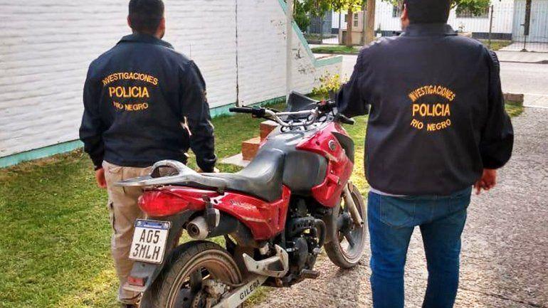 Recuperaron otra moto robada en aguantadero de una toma