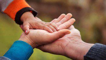 alto valle: cuatro nenas buscan urgente una familia solidaria