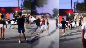 jovenes protagonizaron violenta pelea a la salida de un boliche