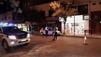 secuestran autos para evitar que la gente salga a pasear