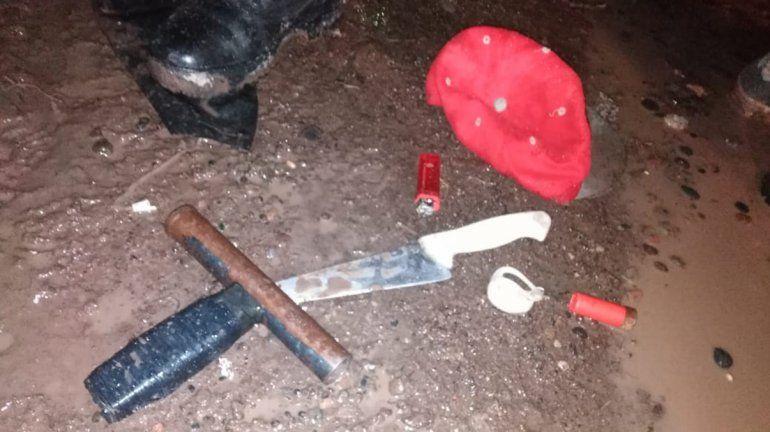 Hace unos días atraparon a dos jóvenes con tumberas y cuchillos.
