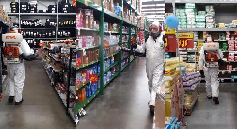 Así fue la fumigación en el interior del supermercado.