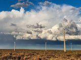 La energía renovable tiene un potencial enorme en Argentina. Las condiciones macroeconómicas que rigen en el país plantearon un freno.